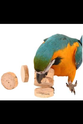 Deze Bird Kabob Yucca Chips zijn een geweldig vermaak voor je vogel. Als voetspeeltje of als onderdeel van zelfgemaakt papegaaienspeelgoed.