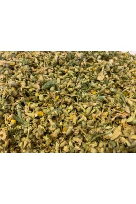 Gedroogde Kamille wordt vaak gebruikt voor het verbeteren van ontstekingsaandoeningen, spierspasmen, huidaandoeningen, wonden, gastro-intestinale aandoeningen, het bestrijden van huidirritaties en het helpen verlichten van angst.