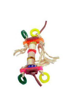 Met dit voetspeeltje Mister Frog van Zoo-Max zal jouw vogel zich uren kunnen vermaken.Doordat ze op 1 poot zitten en in de andere poot het speeltje vasthouden, blijven de pezen, voeten en spieren in conditie. Ze zullen namelijk continue evenwicht moet